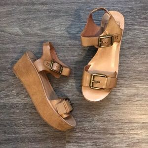 Lucky Brand Leather Platform Sandals